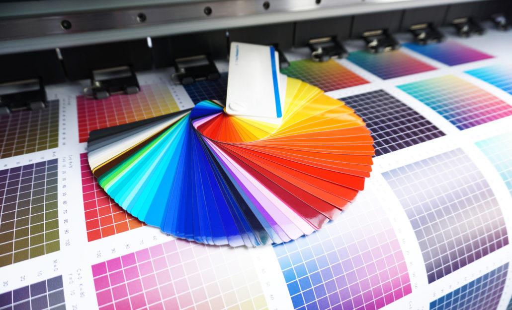Farbfächer auf Digitaldruck im CMYK Farbraum bei der Allesdrucker GmbH