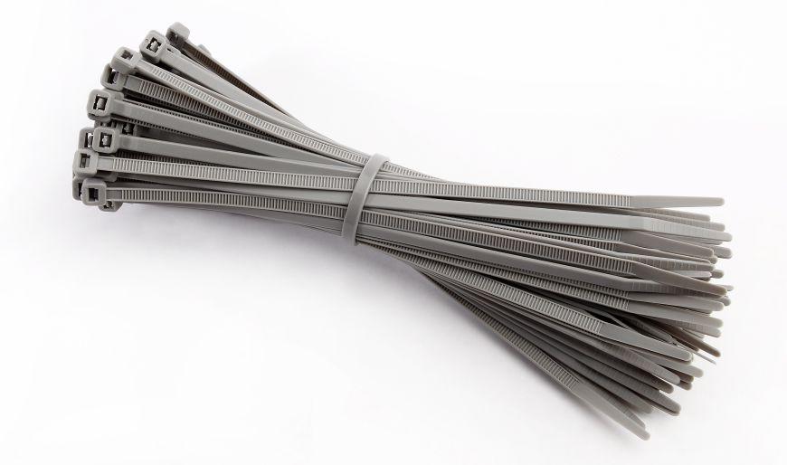 Ein Bund Kabelbinder