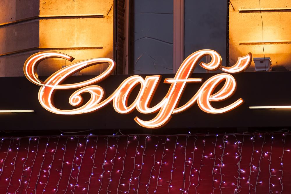 Leuchtwerbung für ein Cafe